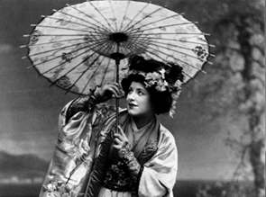 Geraldine Farrar as Madame Butterfly
